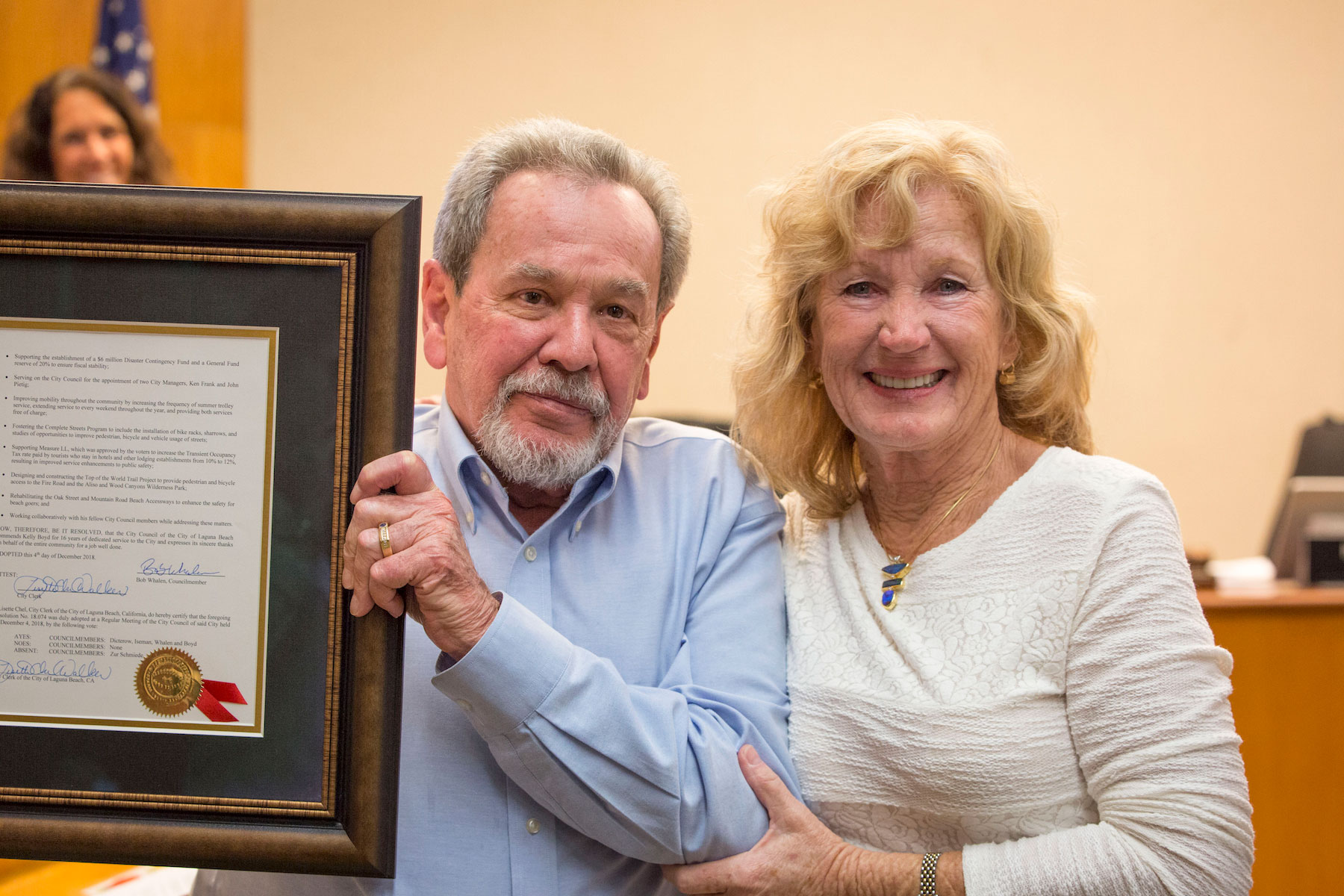 Community lauds Boyd with plaque