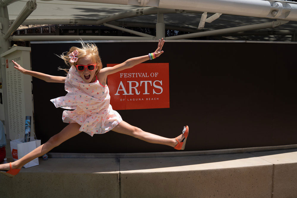 Family Art girl jumping