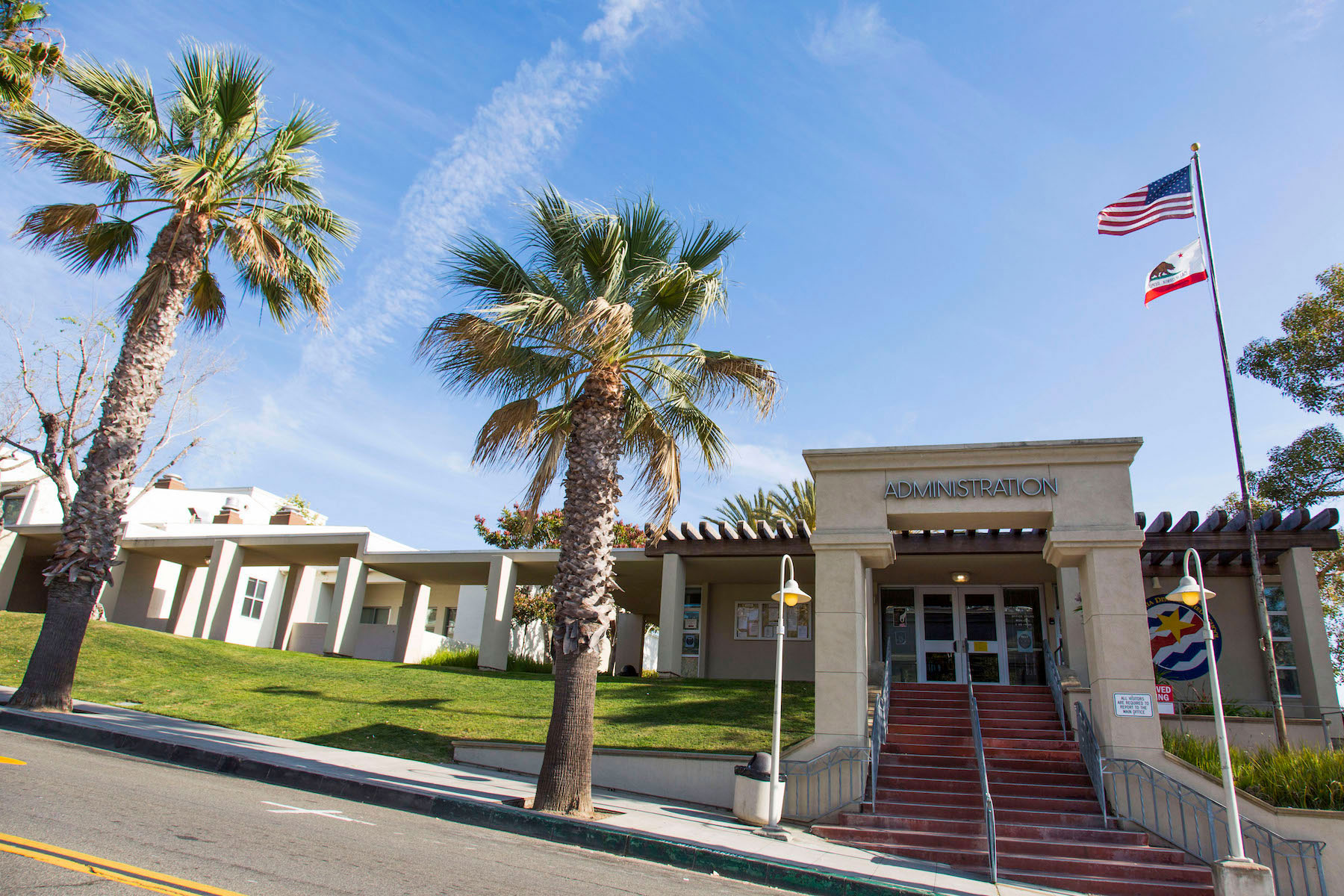 LBUSD seeks school